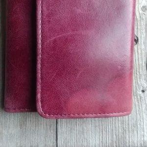HOBO Bags - FLASH SALE 🍷Burgandy Hobo Wallet